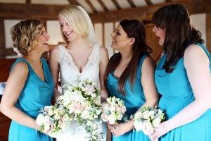 bride & bridesmaids with bouquets